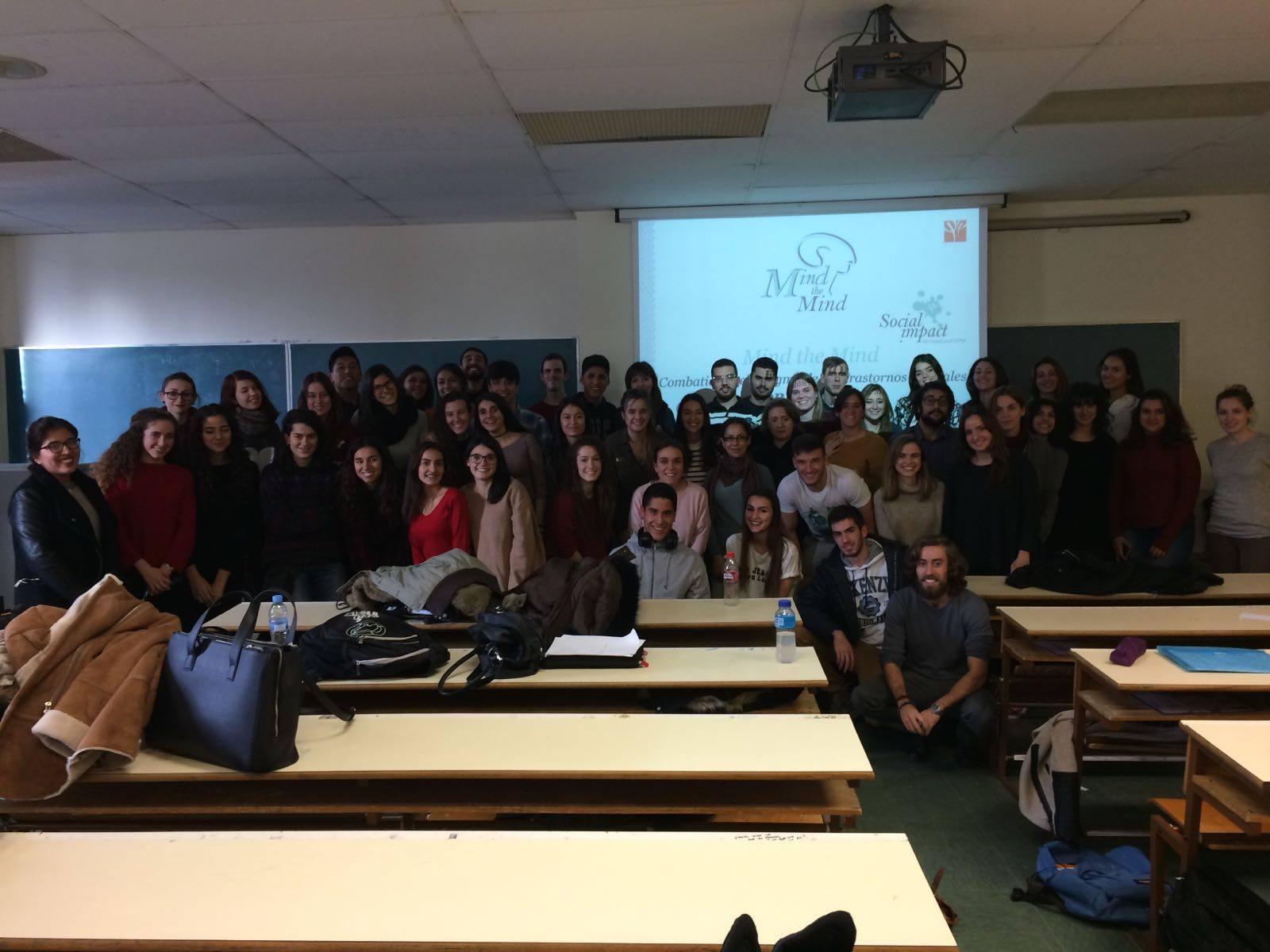 Foto final del tercer grupo de las formaciones de la Universidad Complutense de Madrid.