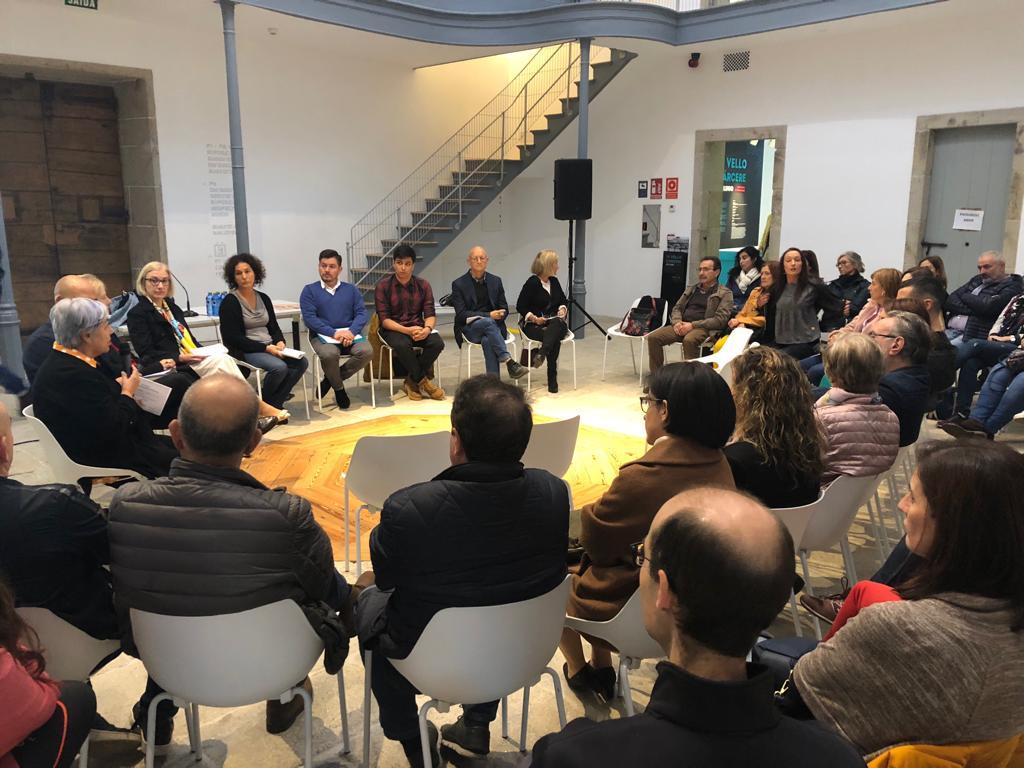 """Manuel Iglesias en la Mesa Redonda de """"Falemos da Xuventude"""" en Lugo (O Vello Cárcere)"""