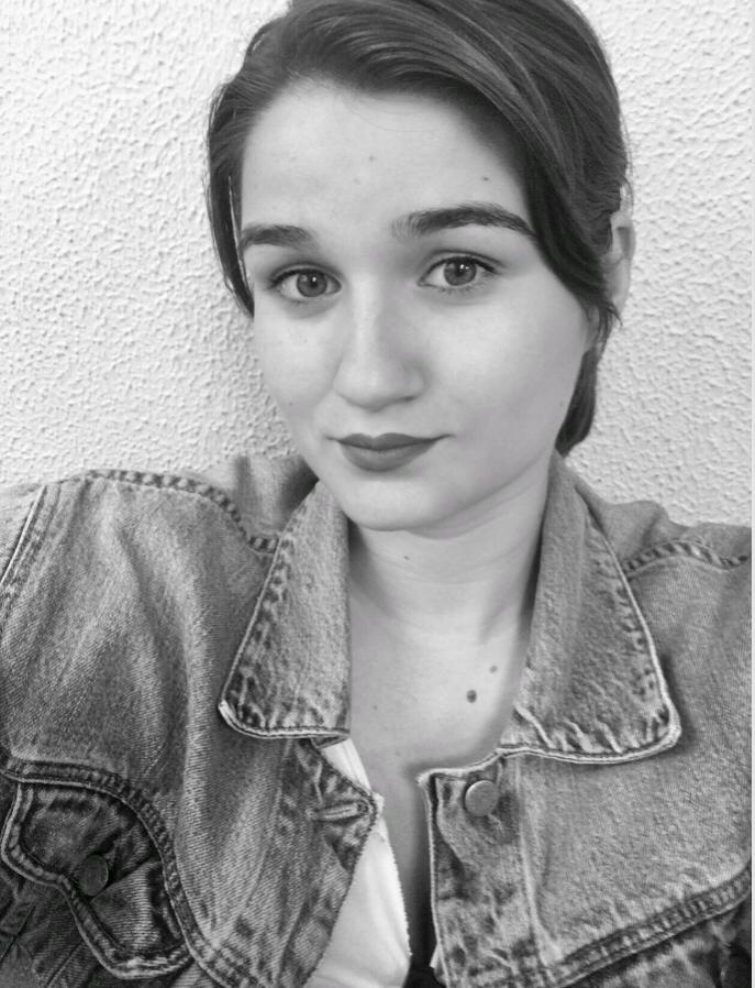 Foto de perfil de la editora de YPSI, Ruth Gay
